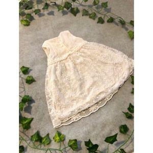 OshKosh B'gosh Dresses - White/Cream Lace Ruffle Dress